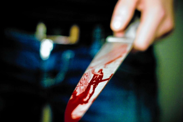 Man ARRESTED FOR STABBING wife over N2000 feeding money Enugu:Butcher allegedly stabs colleague to death Naval Officer stabs 55-year-old woman to death