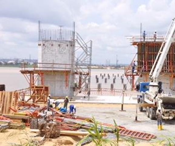 Photo of FG To Spend $1.3b On East-West Road, Niger Bridge, others