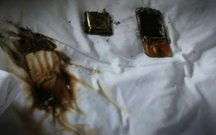 Photo of Mobile phone explodes in bedroom, kills Woman