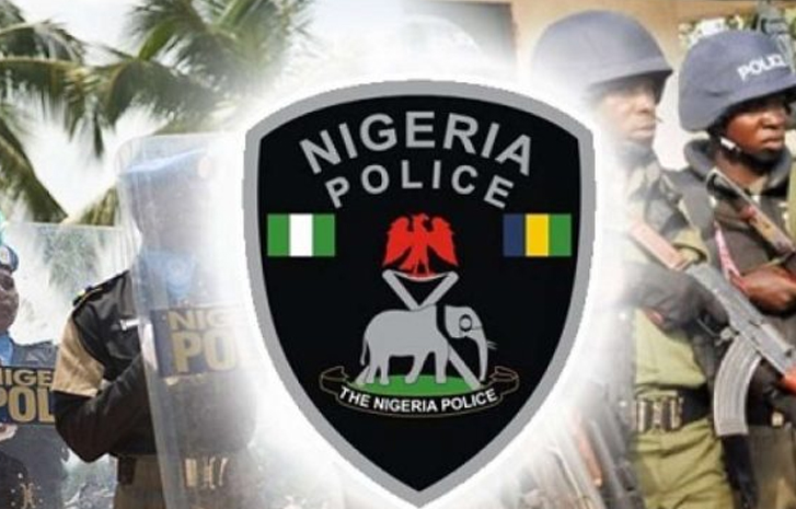 Photo of Police nabs Woman who sold Baby For N600,000 Naira, to Buy Phone, Slippers
