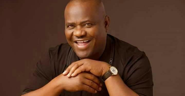 Photo of Wike slams Dickson, asks him to resign